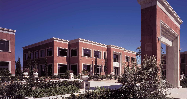 Genesis Corporate Center Exterior 1
